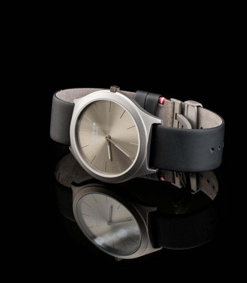 ANICON Idol Reversible Grey Black Background black strap